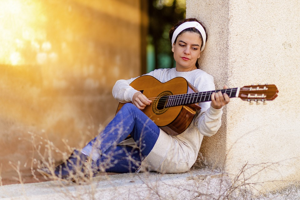 jouer-de-la-guitare